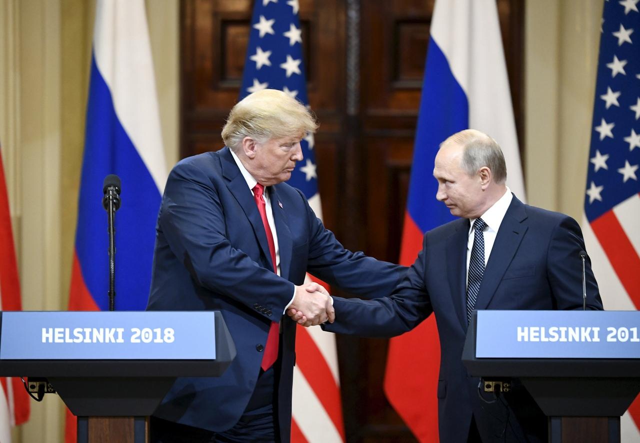 Американцев спросили, хотят ли они новой встречи Путина и Трампа