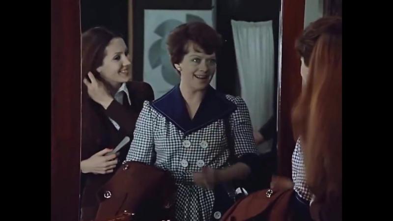 Клечатое платье для Людмилы Прокофьевны