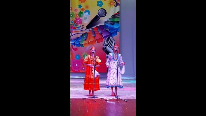 Василиска и Катюша Коробейникова Кнопочки баянные Наши малышки были еще в 16 году Очень трогательно