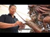 """二更 _ 中国首创!79岁老人用双手将""""消失的海洋""""展现在铜板上"""