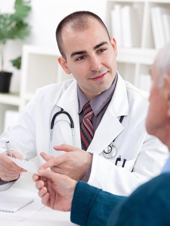 Важно обращать внимание на репутацию врача при обращении за медицинской помощью при хронической боли.