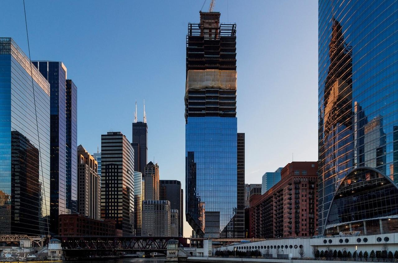 Зачем строят «перевернутые» здания