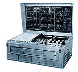 Рисунок 2. Аналоговая вычислительная машина МН-7. цифровые - вычислительные