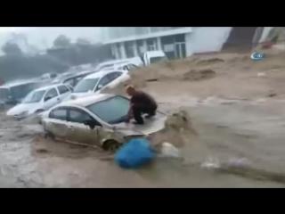 Ливневый паводок в Анкаре, Турция, 5.05.2018