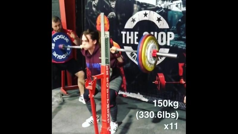 Изабелла фон Вайзенберг - присед 150 кг