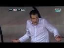 В Лиге Европы тренера удалили за то, что он набивал мяч