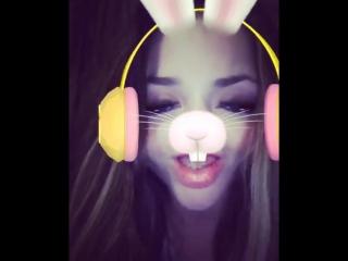кролик поет вам о любви