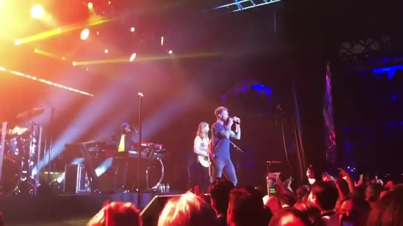 Maroon 5 - Sugar (Governor's Ball 2019)