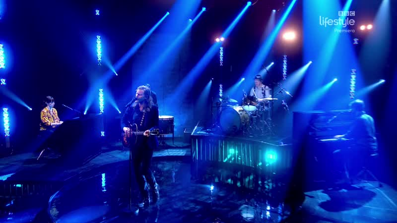 The Lumineers - Gloria (The Graham Norton Show 25-01 - 2019-04-05)