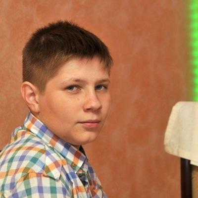 Данил Безруков, 19 января 1999, Москва, id152856847