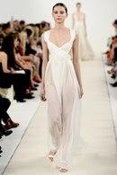 На днях Модный дом Valentino представил специальную коллекцию Haute Couture в Нью-Йорке по случаю...