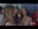 2018 › Интервью для портала «Hollywire» на ковровой дорожке премии «Teen Choice Awards» › 12 августа (русские субтитры)