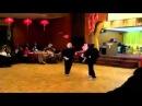Томми Каррутерс демонстрация Джит Кун До боевого искусства на праздновании в Америке 70 летия со дн