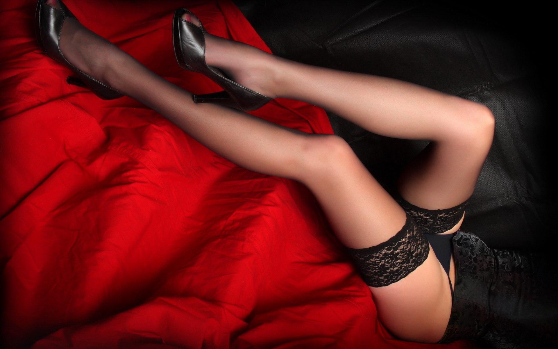 Строиненькие ножки юбки фото 20 фотография