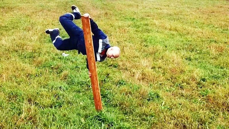 Краш тест строительных материалов с Гошей Песковым - Проверка палубной доски из лиственницы