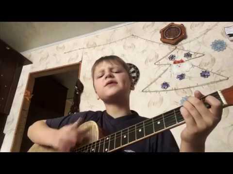 Гриша Елькин В опустевшем парке гитара