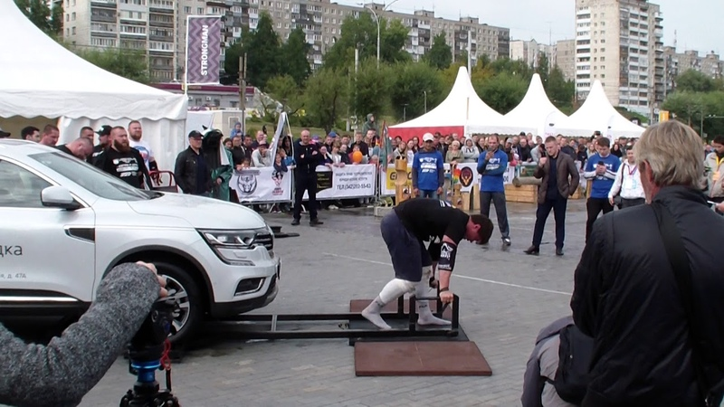 Пётр Мартыненко.Тяга платформы с автомобилем ~ 310кг за 60сек.