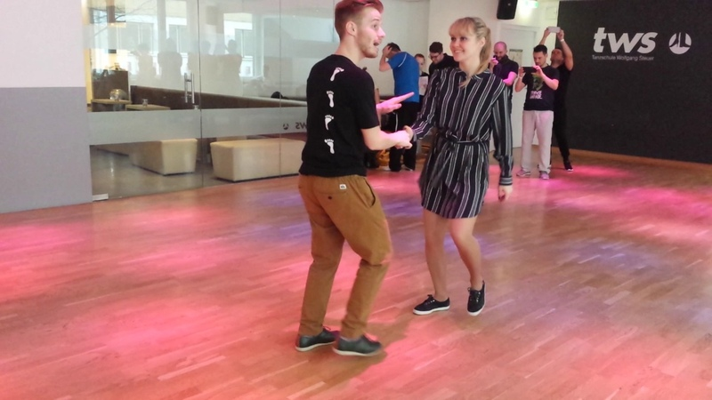 Boogie woogie basic turns with Sondre and Tanya.