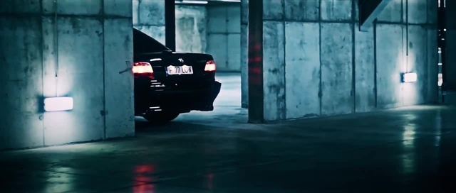 BMW E38\UNAVERAGE GANG - TALES OF THE CRYPT_ DEAD BY DAYLIGHT