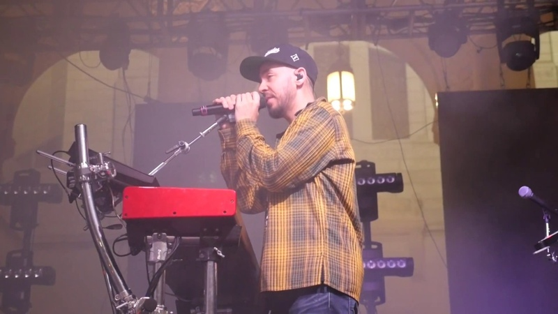 Mike Shinoda - In The End (Acoustic Stripped Down) (Linkin Park) (Live @ Identity LA 5/12/2018)