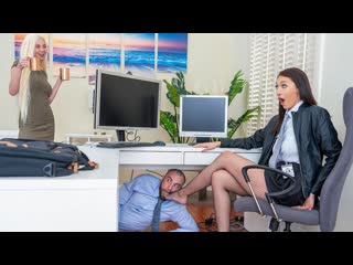 [realitykings] bella rolland turning her off and on again newporn2020