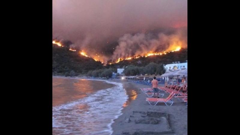 Грецию подожгли доброжелатели