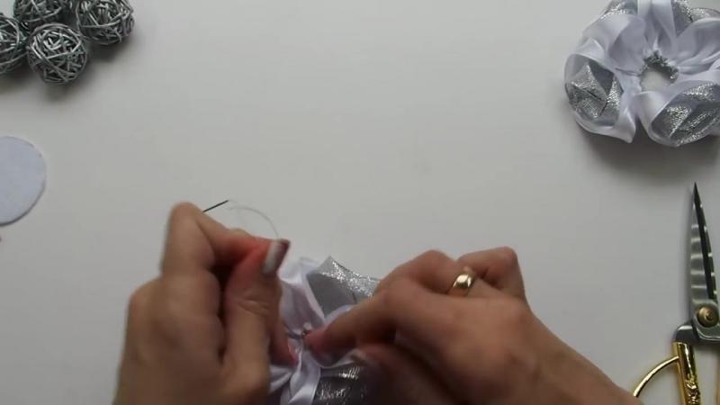 🌸Пышный цветок из атласной ленты 5 см МК🌸Bow flower of ribbon 5 cm DIY Tutorial🌸PAP flor de fita