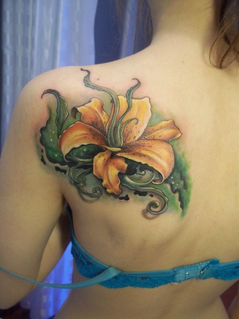 Татуировки с лилией фото