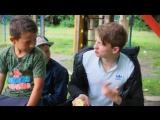 Паша Пел 1 серия Подарил Школьникам Спиннер (Пранк)