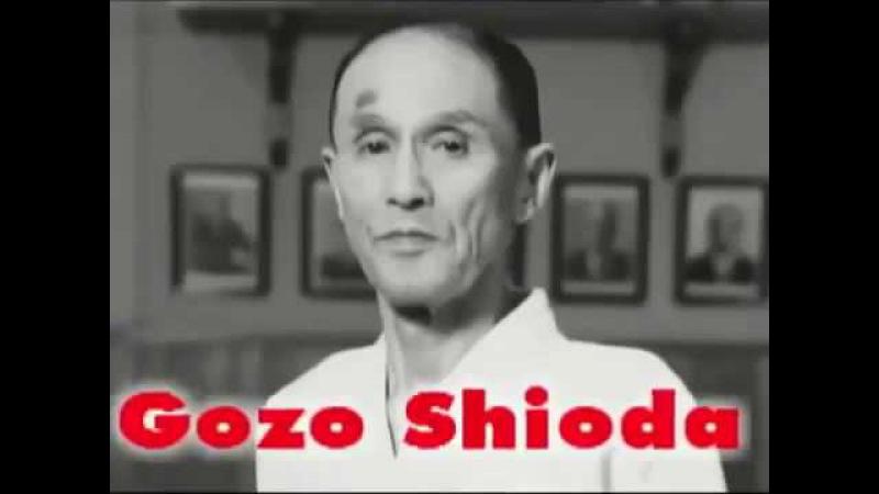Айкидо. Годзо Сиода. Демонстрация техник (Aikido. Gozo Shioda demonstration)