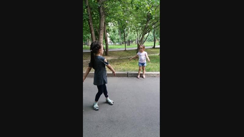 танцор диско😀