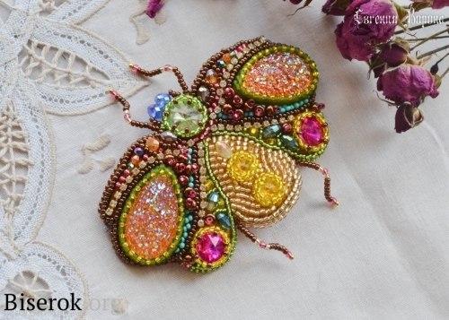 Брошь для клатча в виде жука Spring Rainbow (5 фото) - картинка
