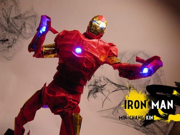 Железный человек с подсветкой