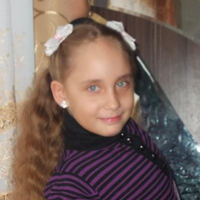 Наташа Саранчукова, 6 апреля , Санкт-Петербург, id207827717