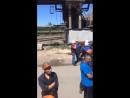 Рабочие волгоградского завода, который закрылся на время ЧМ, вышли на забастовку. - Заложники стабильного президента