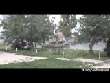 Танки боевиков ведут огонь по аэропорту Донецка