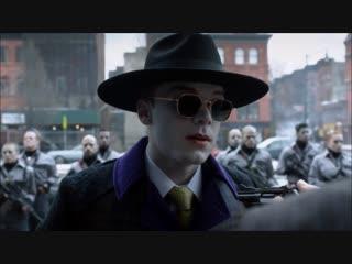 Джокер взрывает здание - Готэм