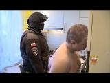 Спецназ взял штурмом квартиру мошенника через крышу оперативная съёмка