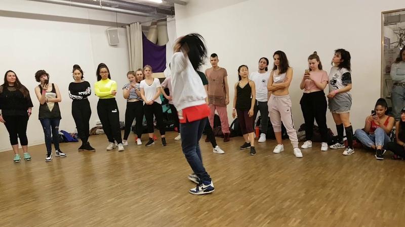 Les Twins Berlin workshop Motions studio april 2019 Laurent freestyle 2