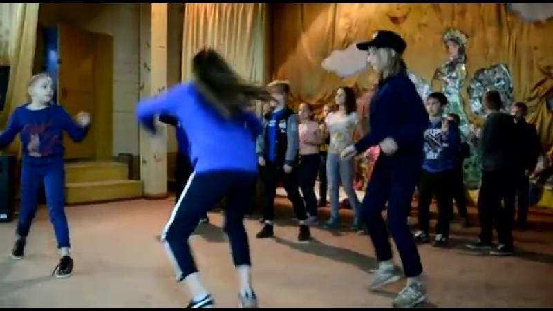 Супер энергичный танец!