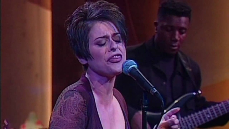 Lisa Stansfield - Never Gonna Give You Up | Directed by Peter Demetris