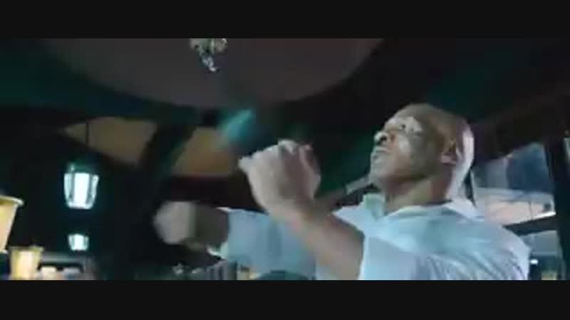 Донни Йен vs Майк Тайсон (фрагмент из Ип Ман 3).mp4