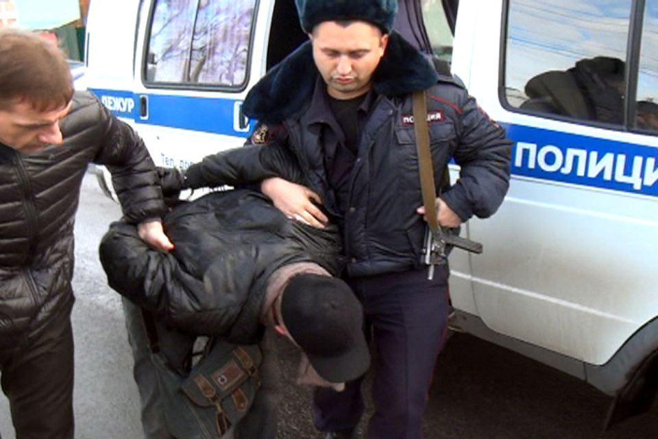 В Таганроге 31-летний мужчина ограбил магазин