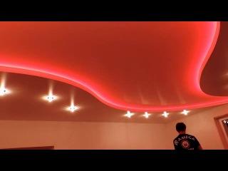 Фантастически красивый натяжной потолок с красивой подсветкой