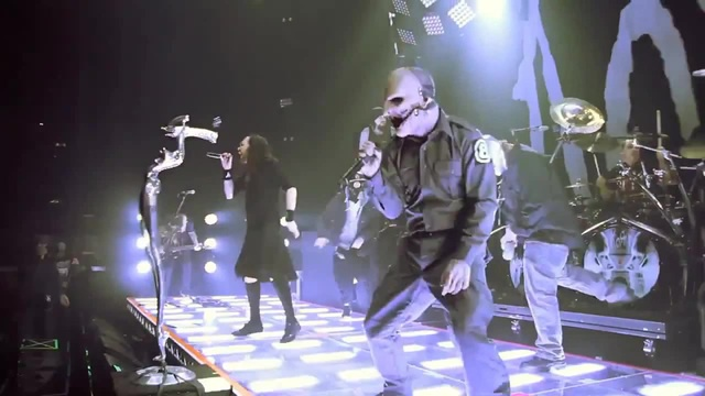 Slipknot KoRn performing 'Sabotage' by The Beastie Boys