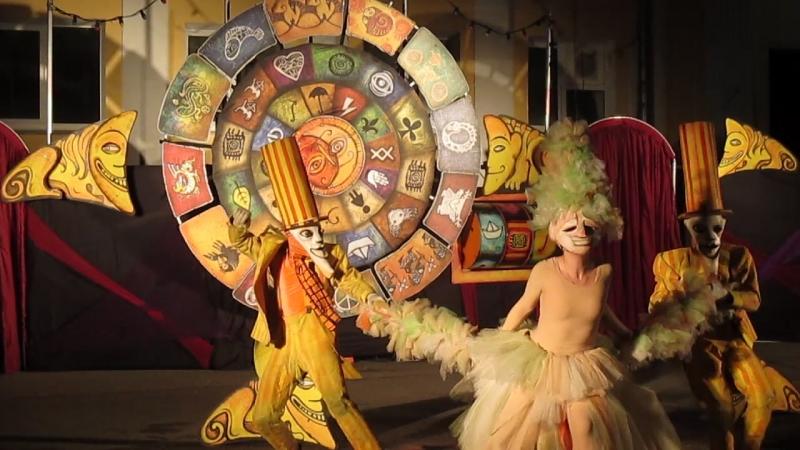 ПЭЖО. Перевоплощение в Даму в перьях фестивальУлитка Улиткаползи афишаспб театрпэжо