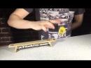 Артём Батушев тестирует доски ART Fingerboards в офисе ProFB