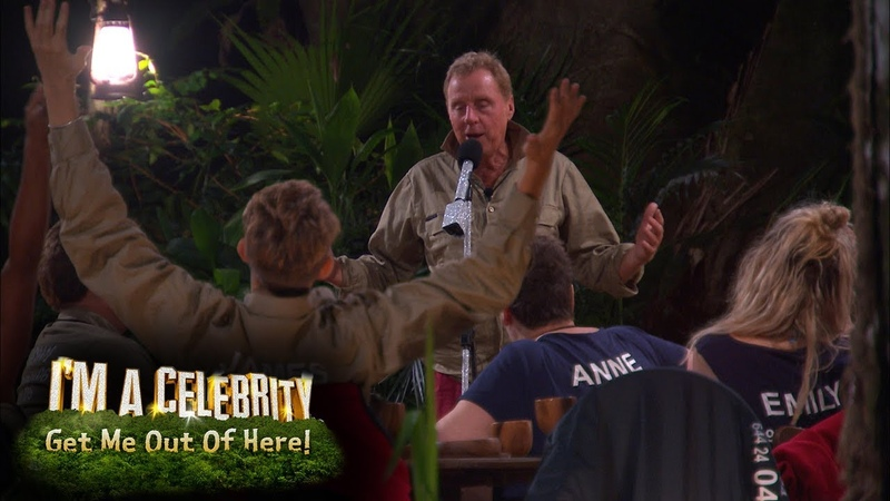 The Tunes Come Out at the Jungle Arms Im A Celebrity... Get Me Out Of Here!