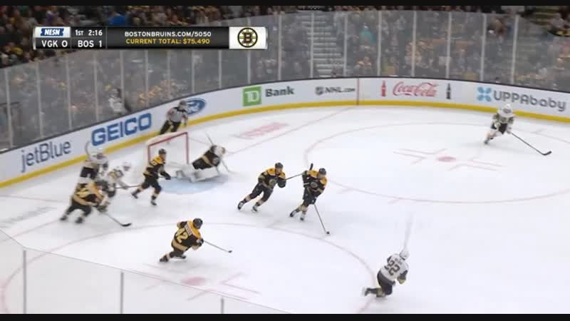 Lauzons first goal for Boston