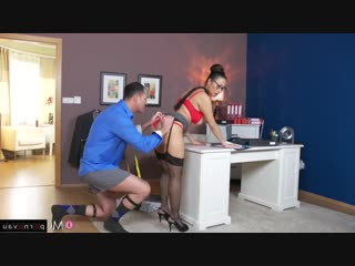 Sharon Lee [ Asiatic &  In the office &  In stockings &  With talk / Cunnilingus, Cum on face, Glasses, Between boobs, Sex i